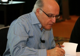 M'akola gains praise from housing guru Avi Friedman
